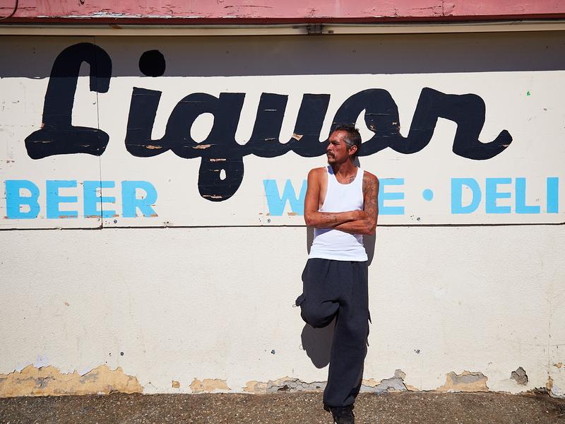 King Joey & Liquor Sign – Mojave, CA – 2016