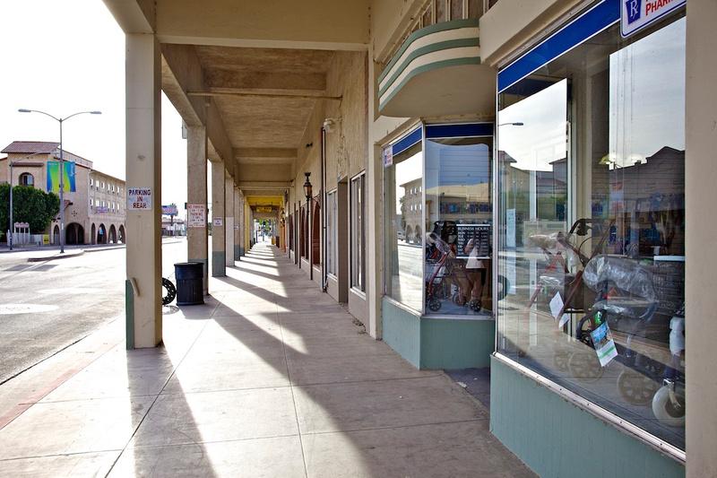 Medical Equipment Store - Main Street - Brawley, CA - 2014