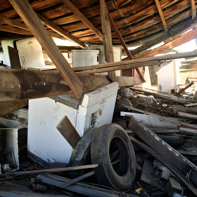 Collapsed Building withHoarded Appliances and Tires - Bishop, CA -2016